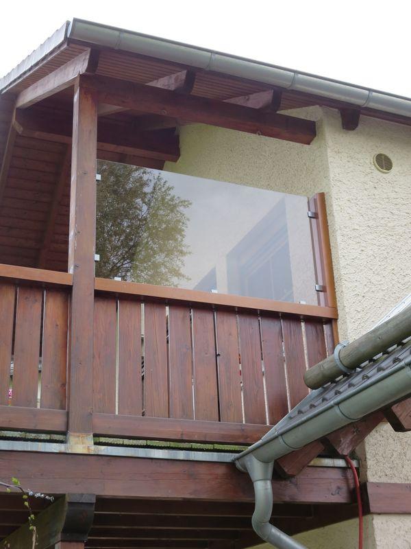 windschutz f r einen balkon. Black Bedroom Furniture Sets. Home Design Ideas